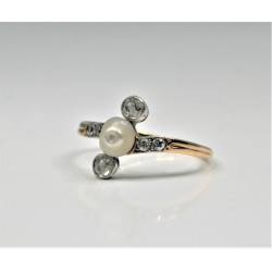 antique pearl and diamonds ring