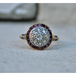 Art Déco engagement ring