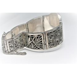 Indo-chinese silver bangle