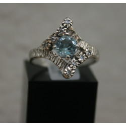 bague vintage aigue marine et diamants