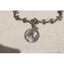 Bracelet breloque ancien